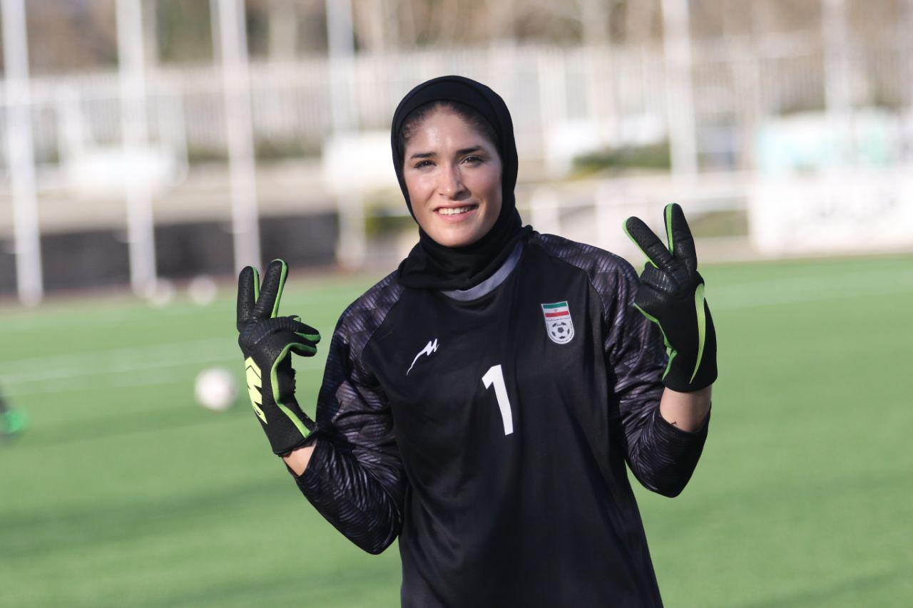زهرا خواجوی-استقلال-حجاب-رکورد کلین شیت-فوتبال بانوان-ورزش بانوان