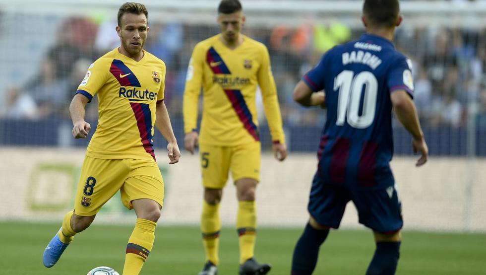 barcelona-بارسلونا-هافبک-برزیل-اسپانیا-لالیگا