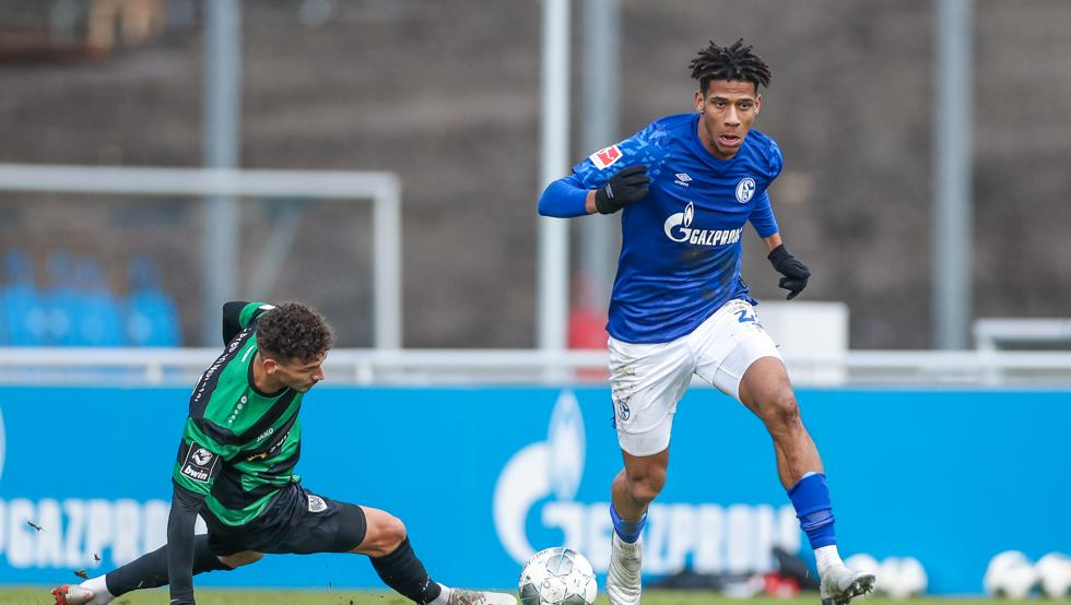 Schalke 04-شالکه-مدافع-فرانسه