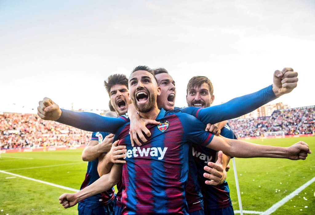 لالیگا-بارسلونا-Barcelona-La Liga
