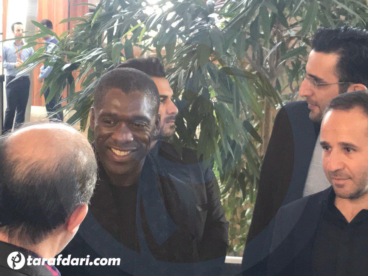 اسطوره فوتبال دنیا-بازیکن سابق رئال مادرید-بازیکن سابق میلان-بازیکن سابق آژاکس